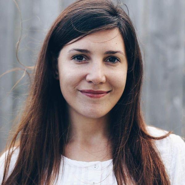 Eva Hoyer